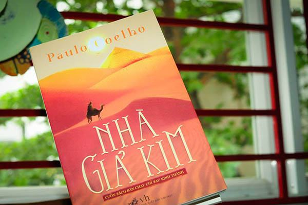Review sách] Nhà Giả Kim – Paulo Coelho